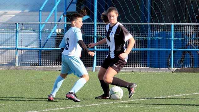 Marta Ferrera Docampo, jugadora del Club Balón Linense